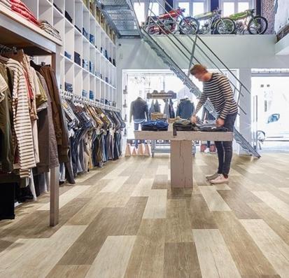 Forbo Allura Flex Wood 60082FL1/60082FL5 natural rustic pine